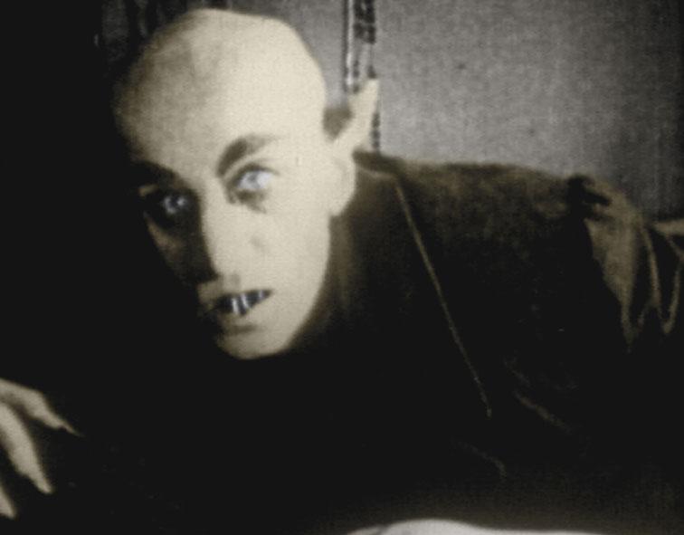 Vampiros, editorial Atalanta: Escalofríos vampíricos