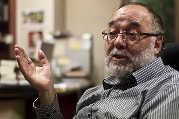Juan Luis Gonzalez Caballero de Valdemar gesticulando foto de Javier Sauras para Fabulantes