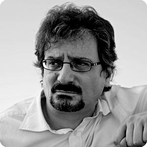 El autor. Está de enhorabuena: su novela de debut ha sido traducida a más de 37 lenguas.