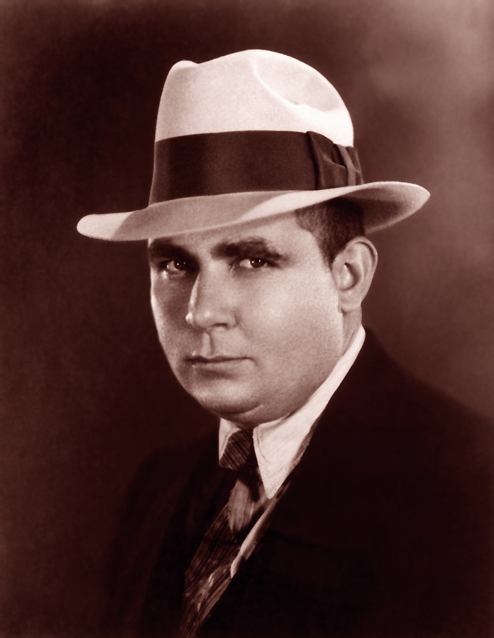 Robert_E_Howard_suit