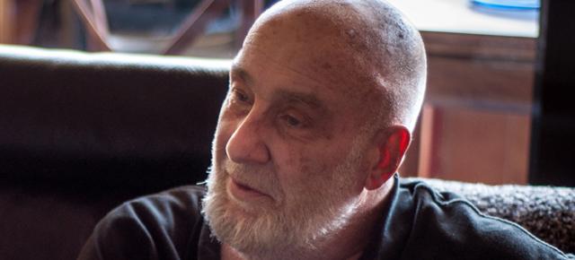 """Entrevista a César Mallorquí (1), escritor: """"Hay que tratar a la literatura como si fuese un juego"""""""