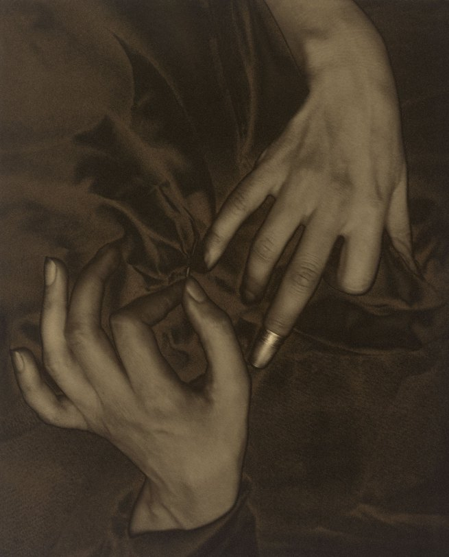 Georgia O'Keeffe – Hands and Thimble, 1919