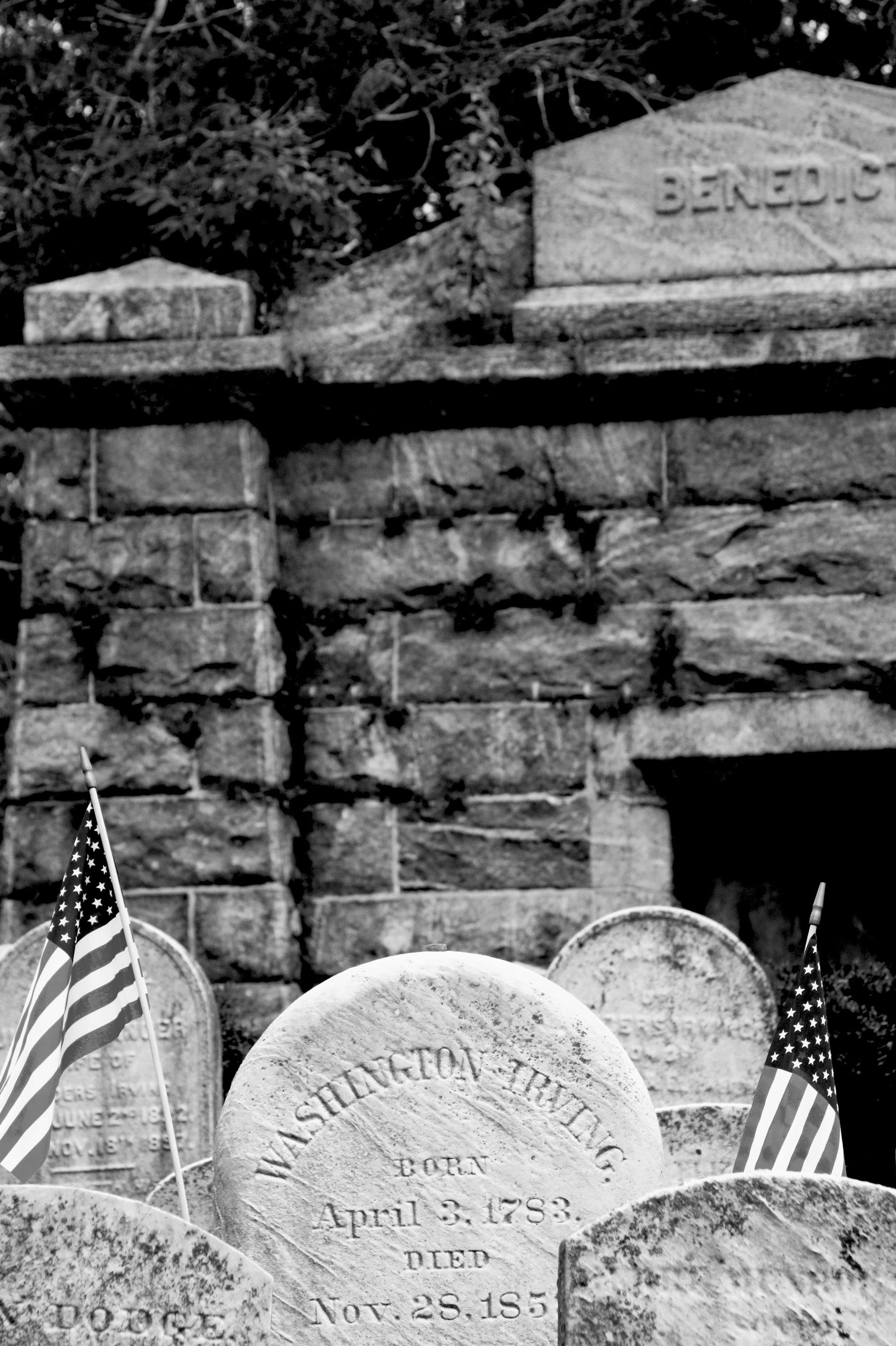 anapicossleepyhollow03-cementerio-tumba-irving