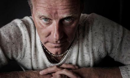 """Entrevista a John Ajvide Lindqvist (Déjame entrar): """"Hay muchas cosas que nos asustan, más allá de los monstruos"""""""